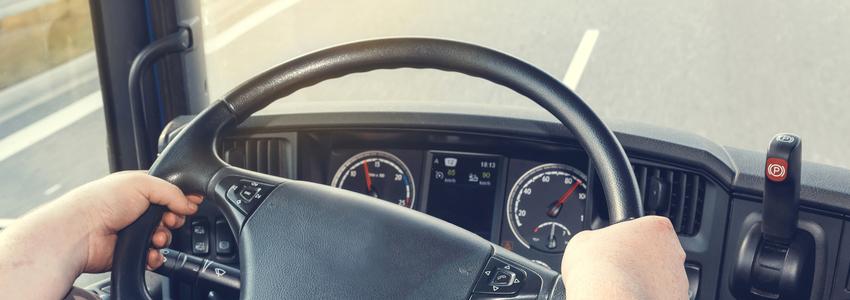 Consejos para no dañar la espalda al conducir durante mucho tiempo