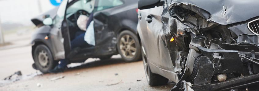¿Cómo actuar en caso de accidente en la carretera?