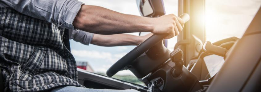Consejos para una conducción segura: parada y arranque de motor